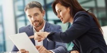 Décideurs Commerciaux : Impacts de la digitalisation des...